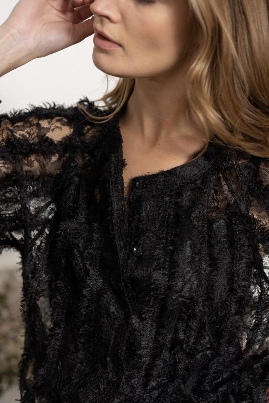 chemise avec dentelle noir choklate marque 80898